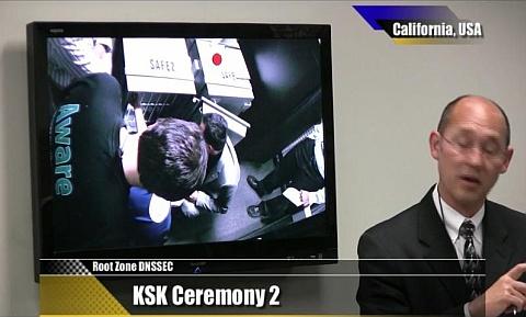 Segunda KSK Ceremonia de la Zona Raíz para la implementación de DNSSEC